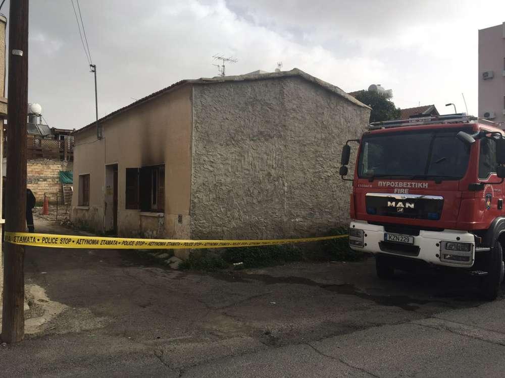 Larnaca: Elderly man dies in fire (pics)