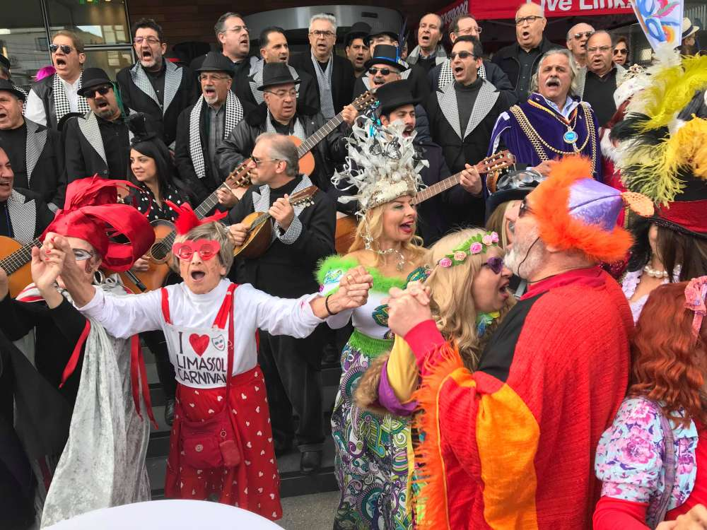 Tsiknopempti celebrations start in Limassol (pictures)