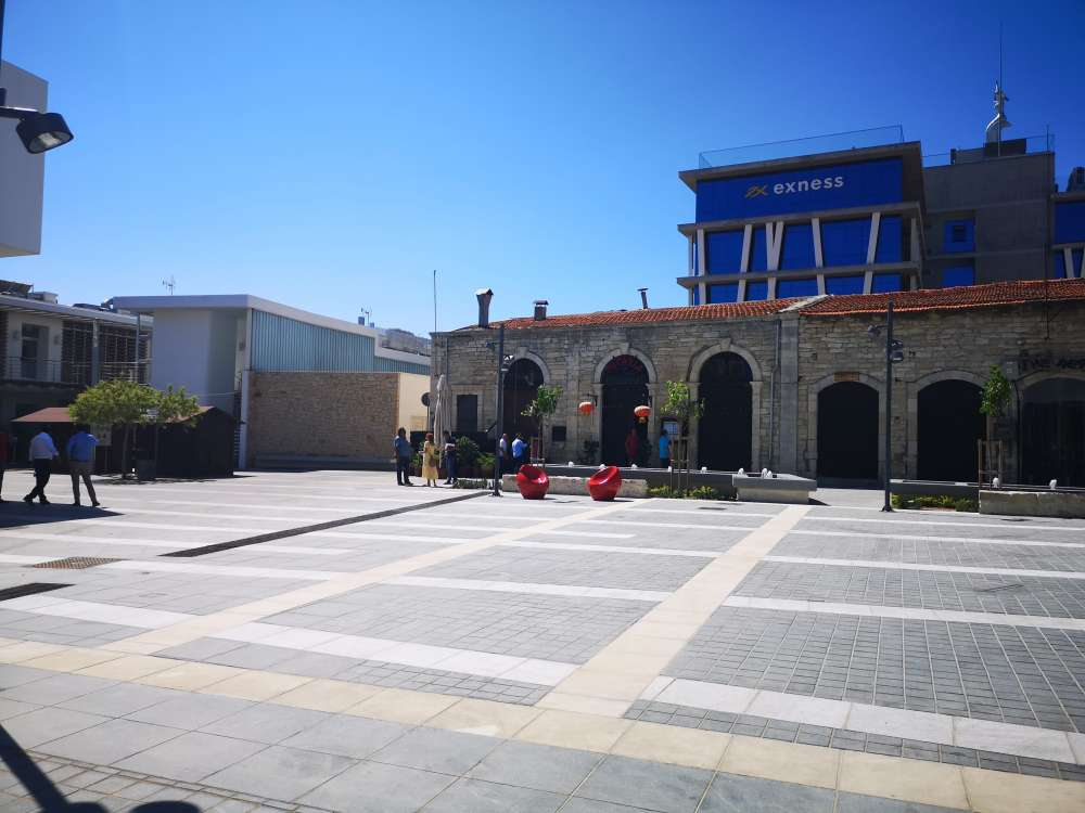 Syntagma Square in Limassol opens to the public (photos)