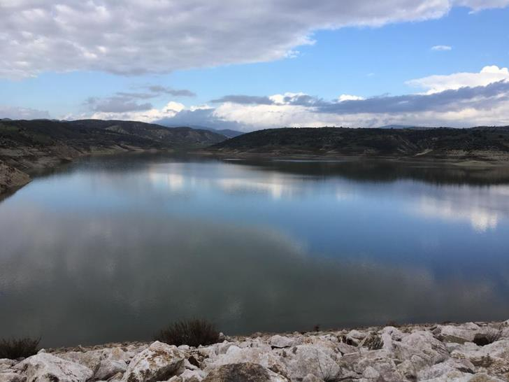 Asprokremmos dam sees largest water inflow (photos+video)