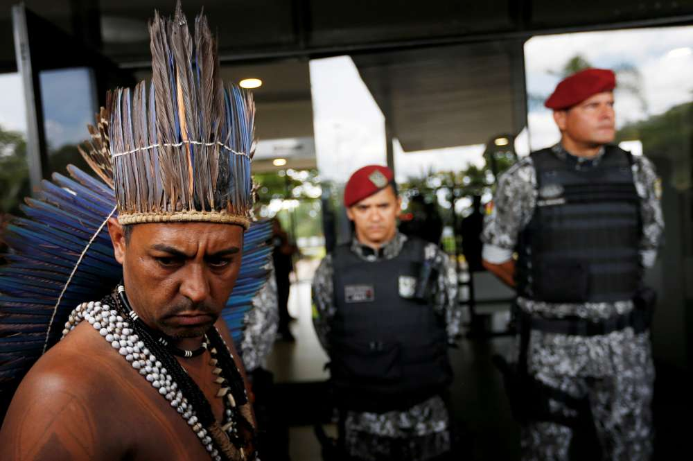 Bolsonaro gives farm ministry power to decide on indigenous land