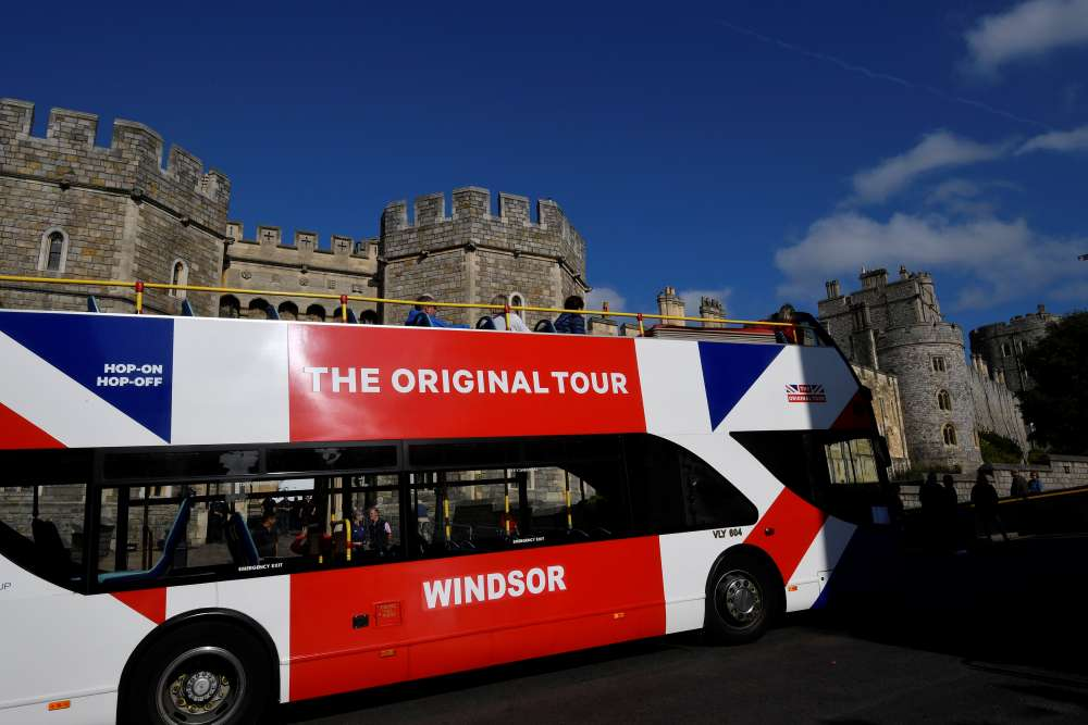 Britain sees biggest fall in foreign visitors since 2009