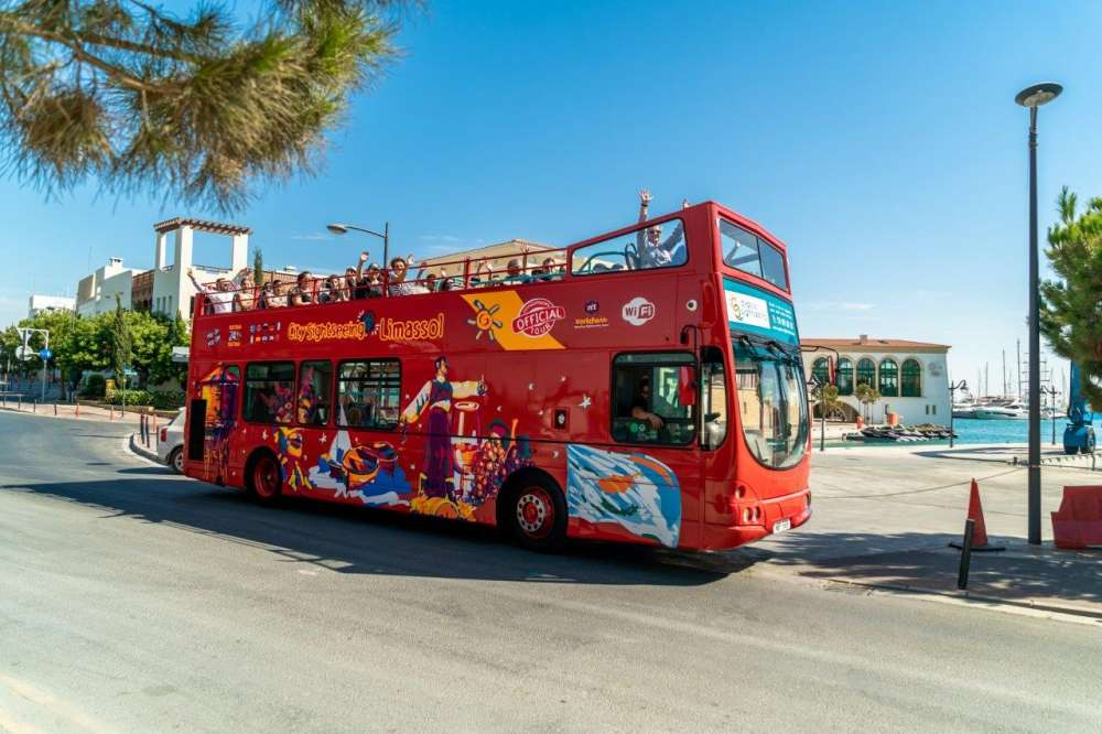 HOP ON - HOP OFF CITY TOUR - City Sightseeing Limassol