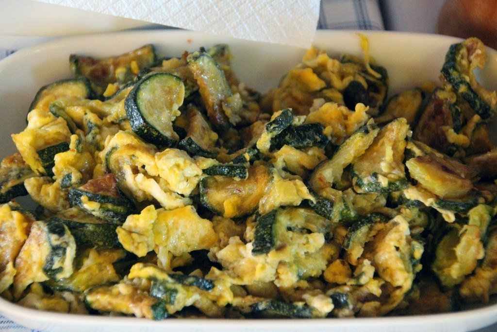 Courgettes with eggs