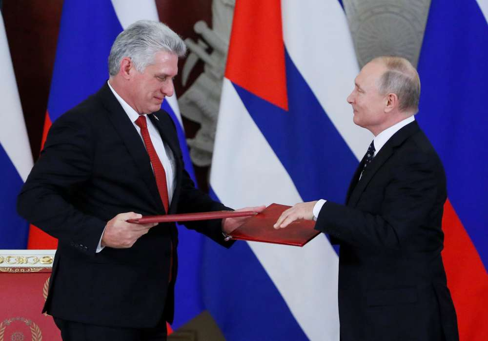 Russia close to granting Cuba 38 million euro loan to buy arms