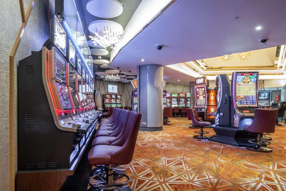 "Cyprus Casinos ""C2 Nicosia""  opens (photos)"