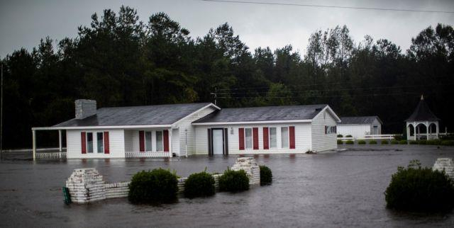 Florence Hurricane: Death toll rises at 13