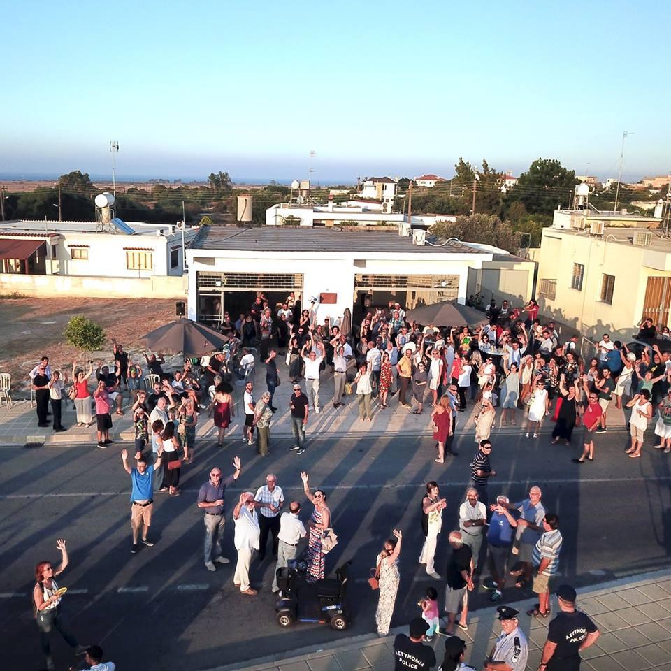 Former garage in Deryneia will host a grassroots bicommunal fundraiser