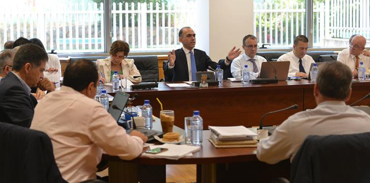 Cyprus banks must shrink further and lay off staff