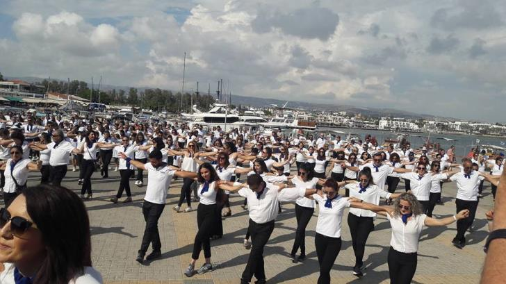 Paphos falls short of Guinness Record for Hasapiko