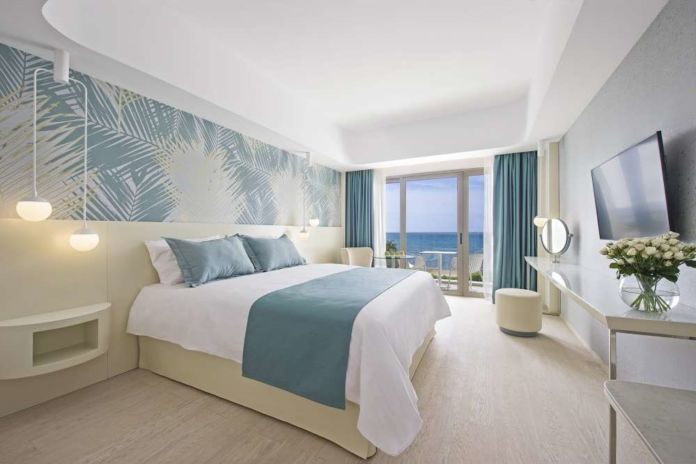 The brand-new Louis Ivi Mare hotel in Paphos redefines the 4Lux category