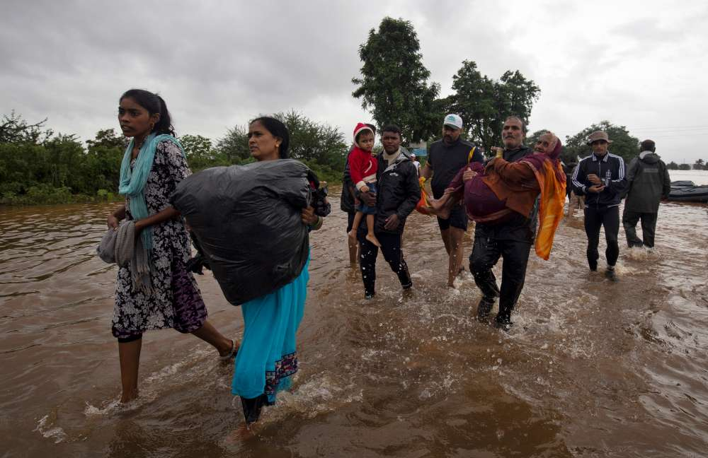 Floods kill at least 22 in southern India