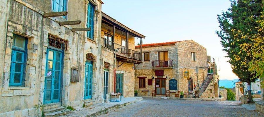 Kathikas village