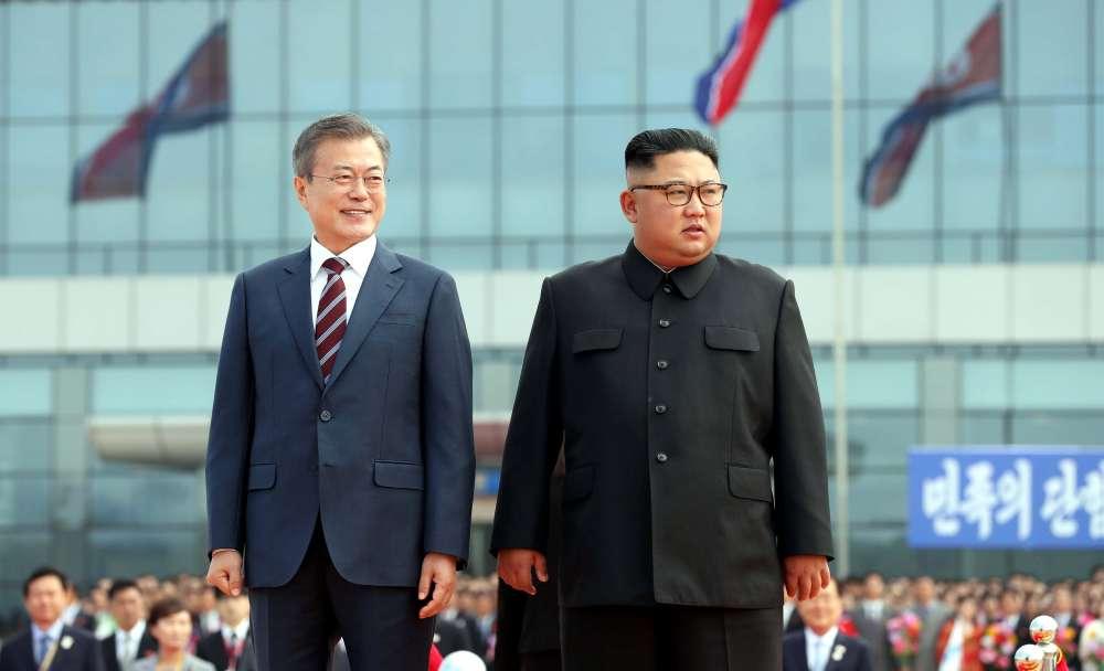 Leaders of two Koreas meet ahead of nuclear talks