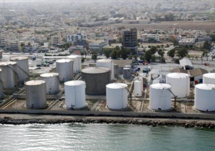 Larnaca: Oil refineries out