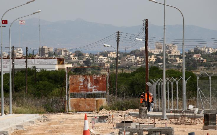Lefka – Apliki and Deryneia crossing points to open