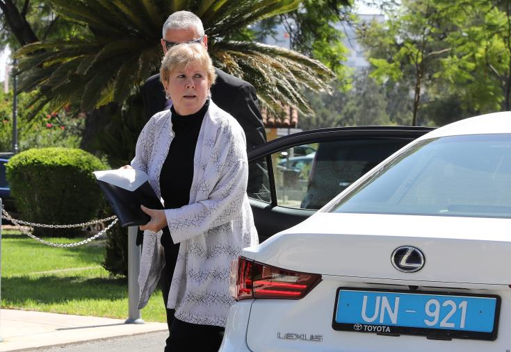 UPDATED-UN envoy continues shuttle talks with Cyprus leaders