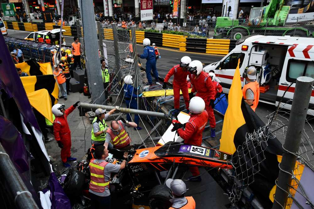 Driver suffers spinal fracture after Formula 3 accident; three more people injured (video)