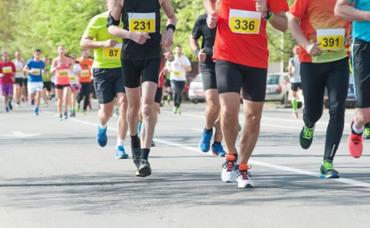 Which Larnaca roads will be closed for Sunday's run?