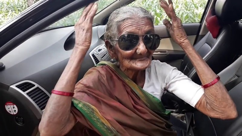 World's oldest youtuber dies at 107 (video)