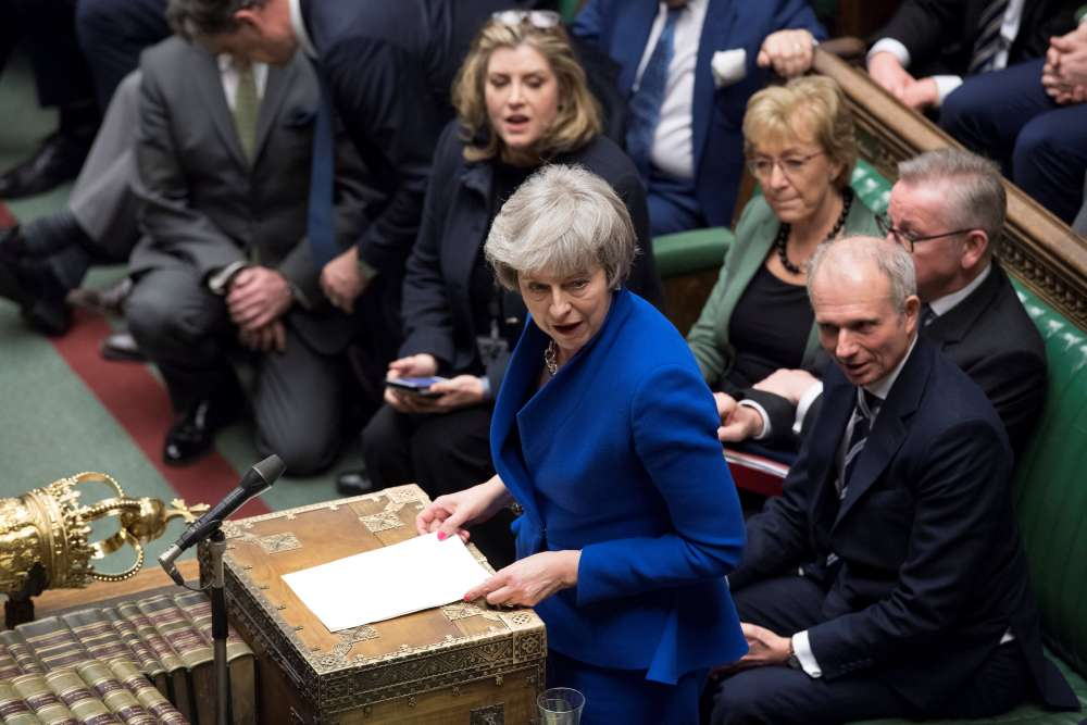 Brexit row risks ruining PM May's date with parliament