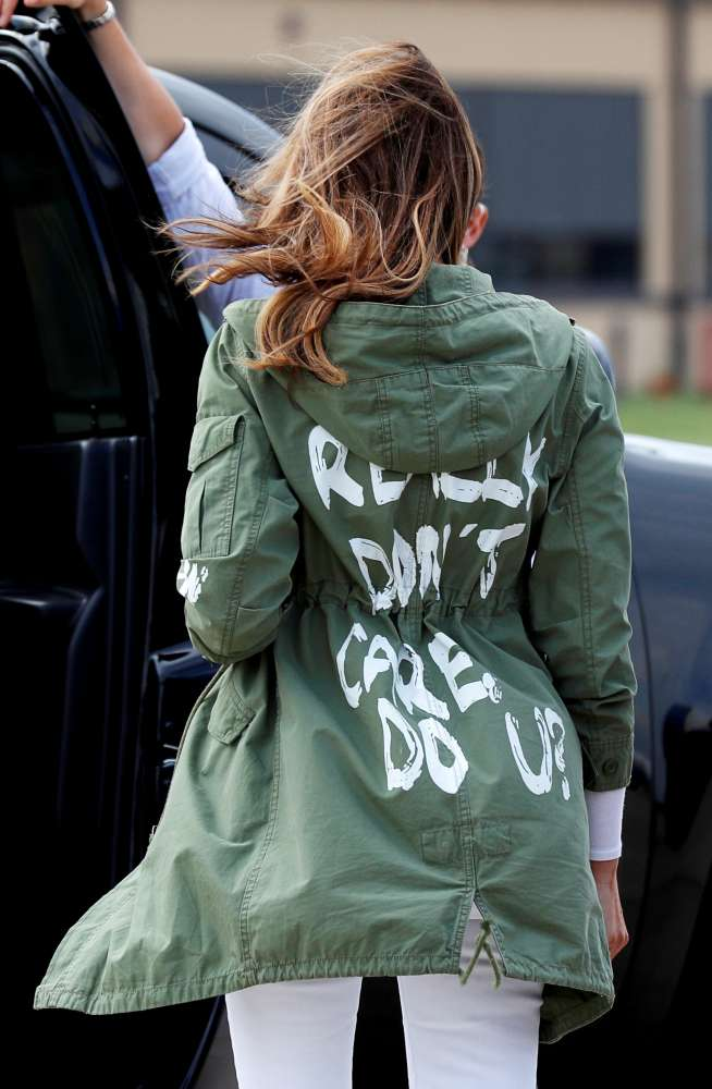 Melania's jacket mixes message during visit to detained immigrant children