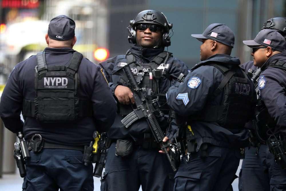 Manhunt under way after bombs sent to U.S. Democrats