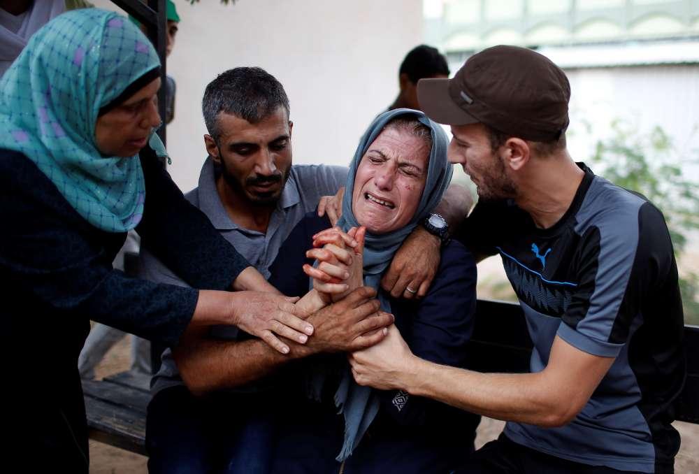 Palestinian rocket attack on Israeli city draws Gaza air strikes - military