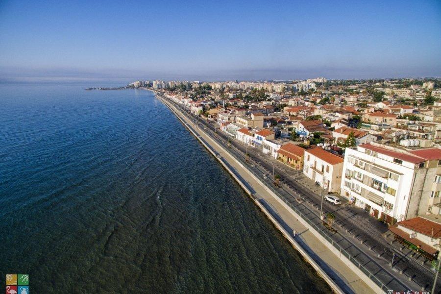 Piale Pashia Street and Psarolimano (Larnaka fishing harbour)