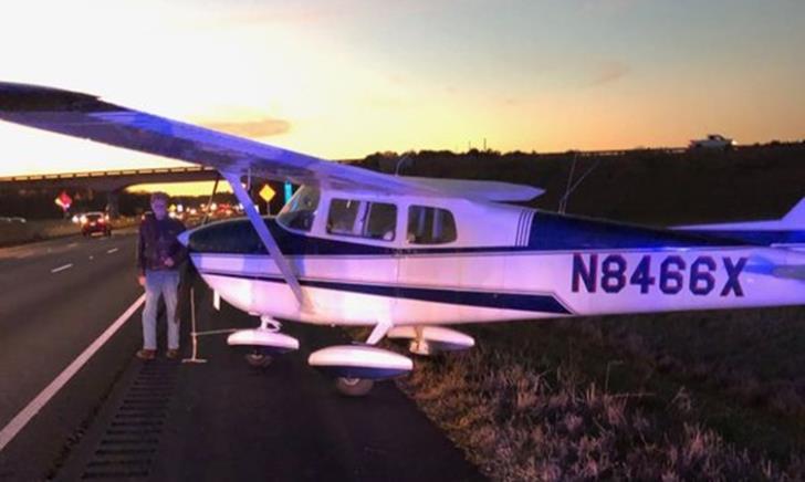 Plane makes emergency landing on Alabama interstate (video)