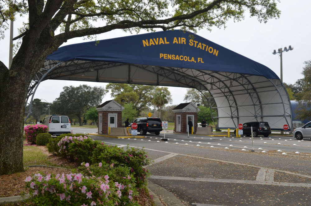 Four killed including shooter at U.S. Navy base in Florida