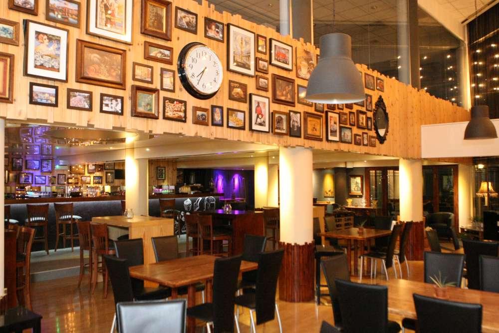 Piazza Italian Bar & Restaurant