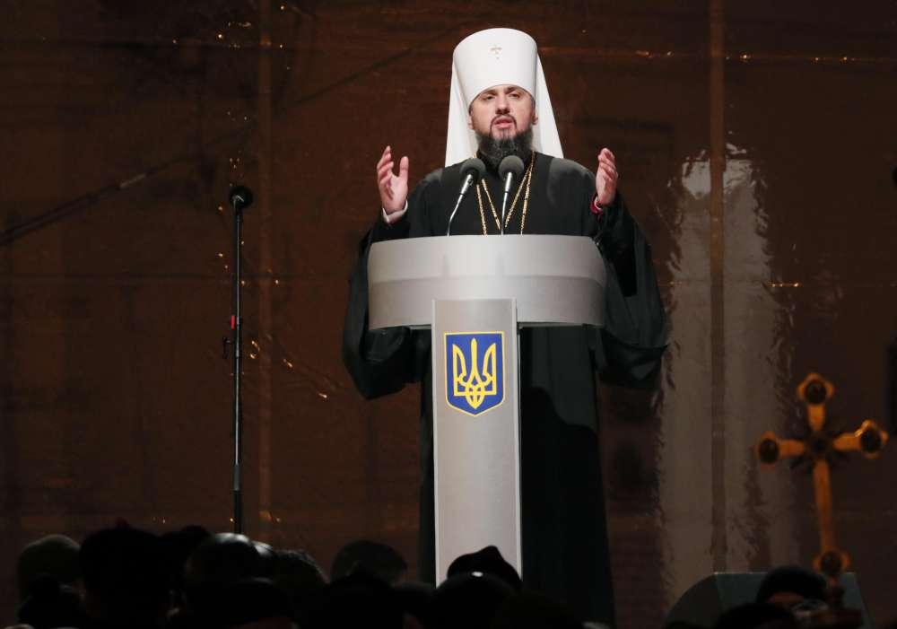 Ukraine's President names leader of new church in split from Russia