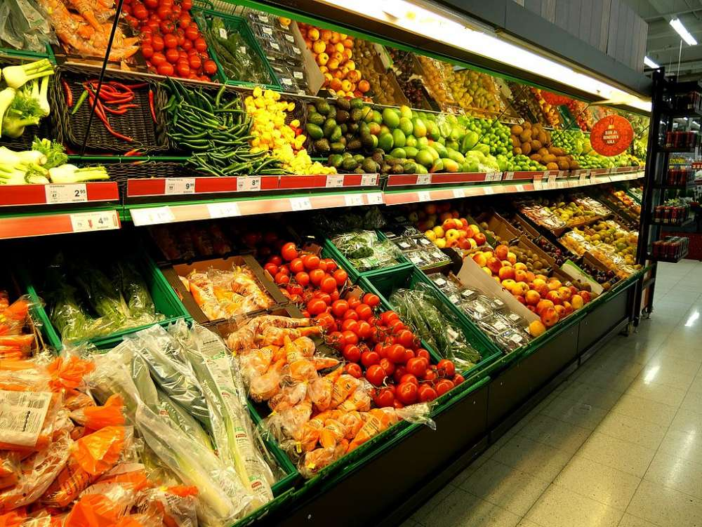 Fruit and vegetable prices up ahead of Easter (table)