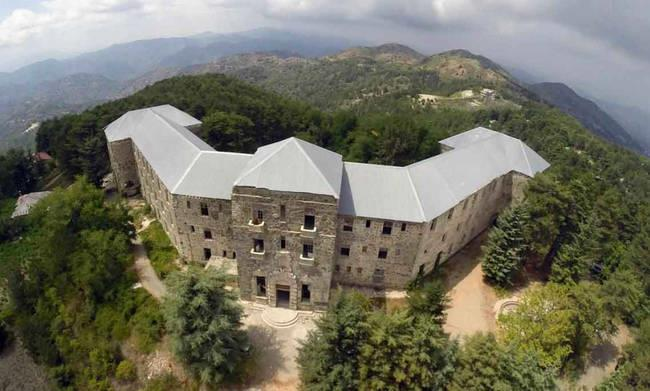 Historic Berengaria hotel for sale for €2