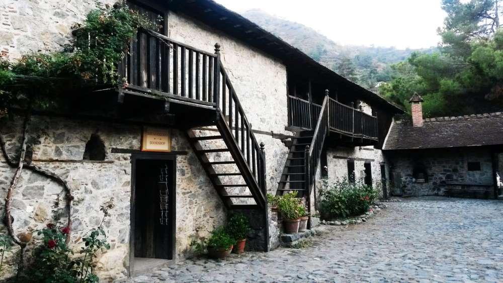 agios-neophytos-monastery