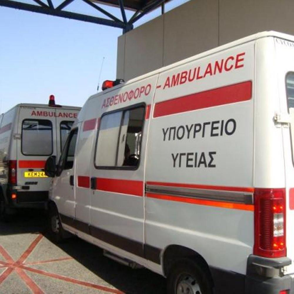 Tourist hospitalised after being hit by car in Kato Paphos
