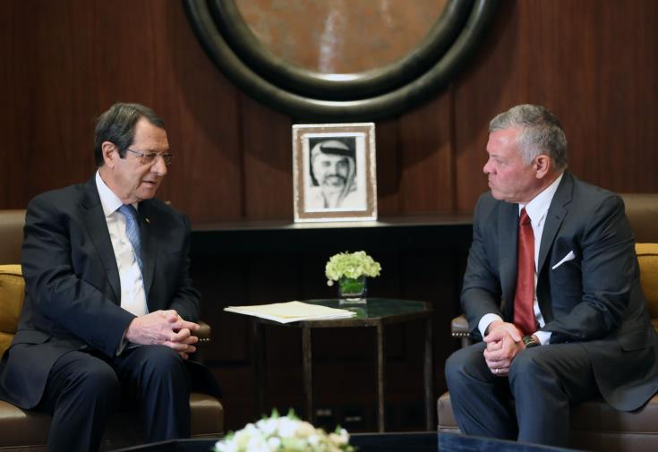 Cyprus President has telephone conversation with King Abdullah II of Jordan