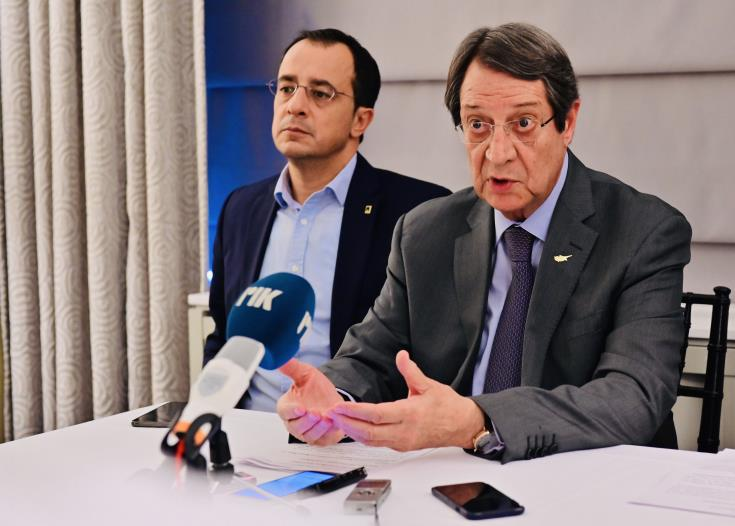 Anastasiades: conference on Cyprus not feasible when country under threat by Turkey