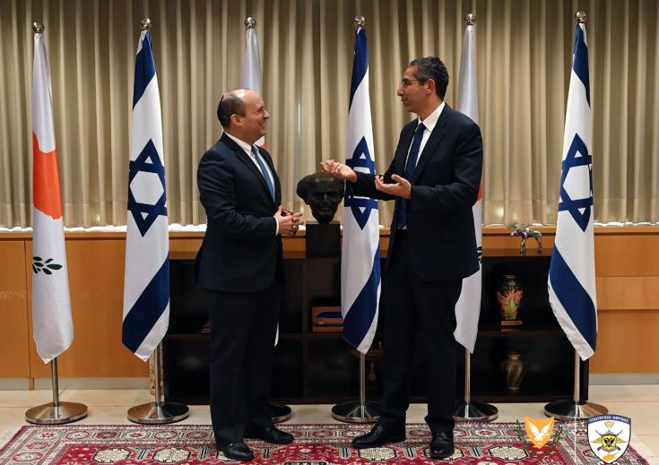 Cyprus and Israel Defence Ministers discuss developments in the region
