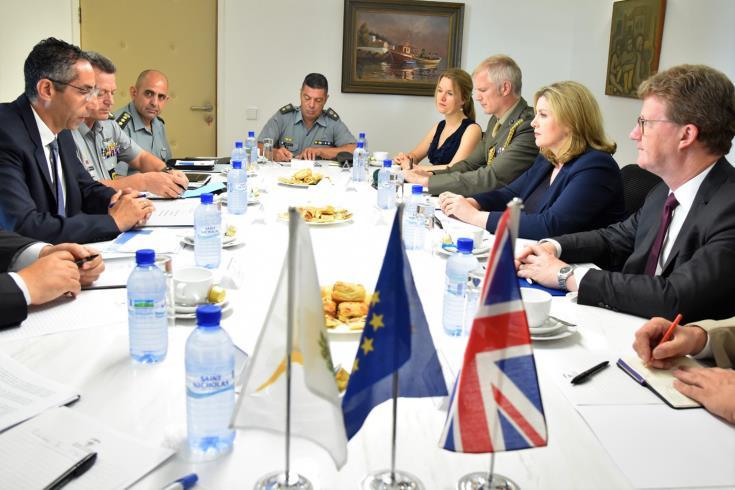 Defence Minister briefs British counterpart on Turkish activities in Cyprus' EEZ