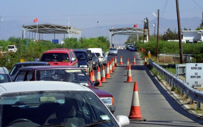 44 year old wanted by Czech authorities arrested at Ayios Dhometios checkpoint