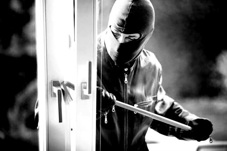 House burgled in  Peyia