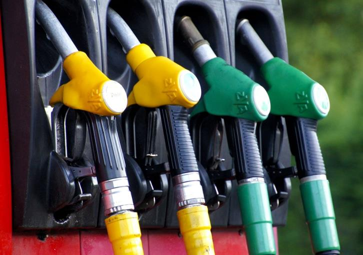 Cypriots spend hundreds of thousands of euros for fuel in occupied areas