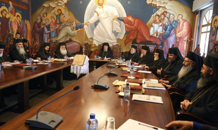 Holy Synod examines possibility of defrocking priests