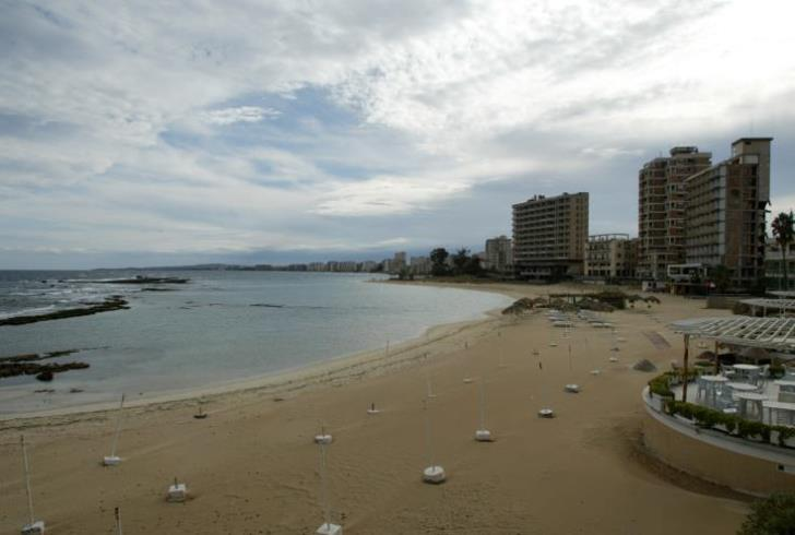 Decision to provide beach access only to Turks  and Turkish-Cypriots slammed