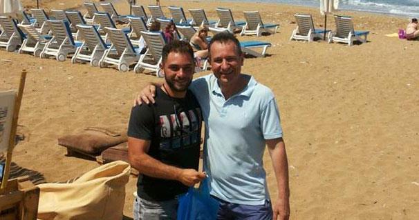 Russian tourist thanks lifeguard for saving his life