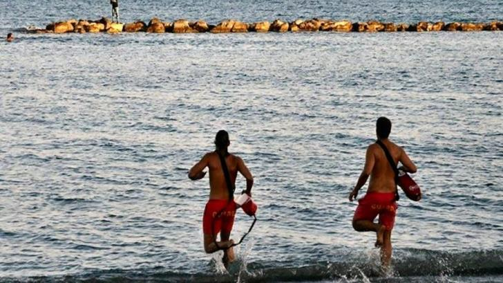 Limassol lifeguards rescue two swimmers