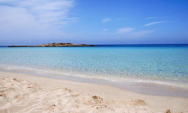 Deputy tourism ministry ponders star ratings for Cyprus beaches