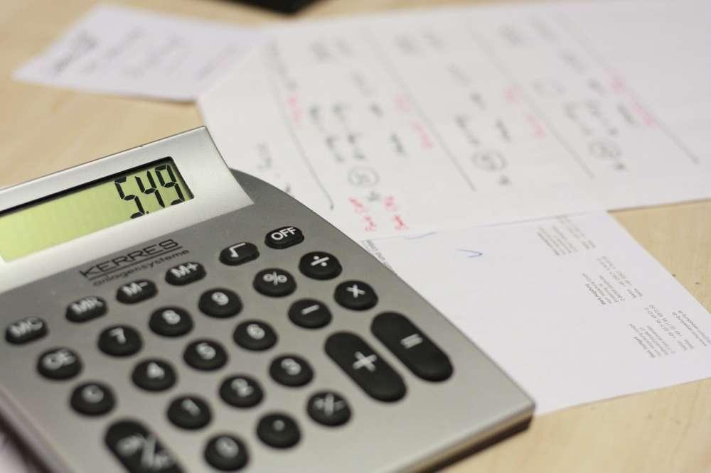 12.2% of Cyprus households in arrears on utility bills